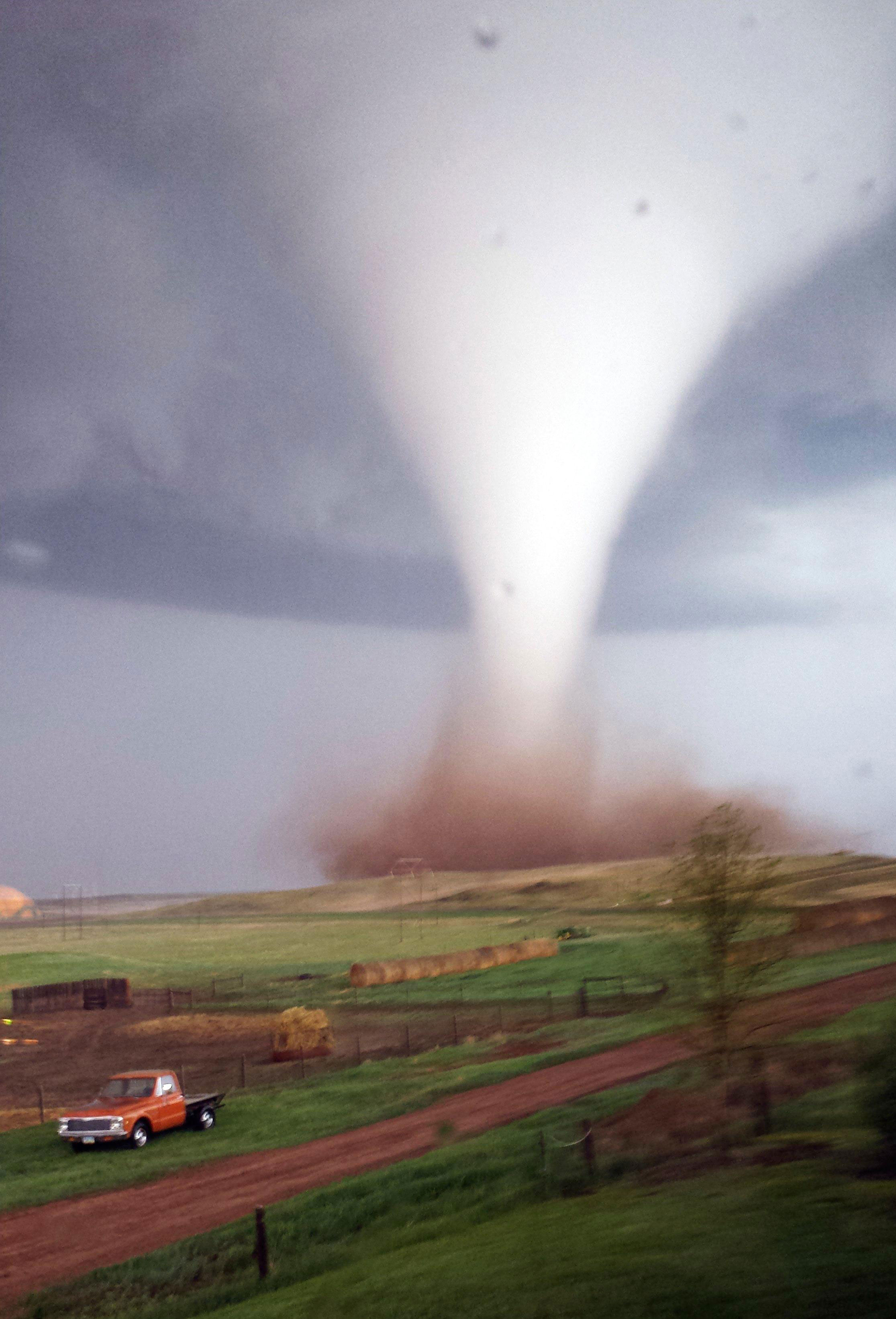 10 Facts About Tornadoes That Everybody Should Know